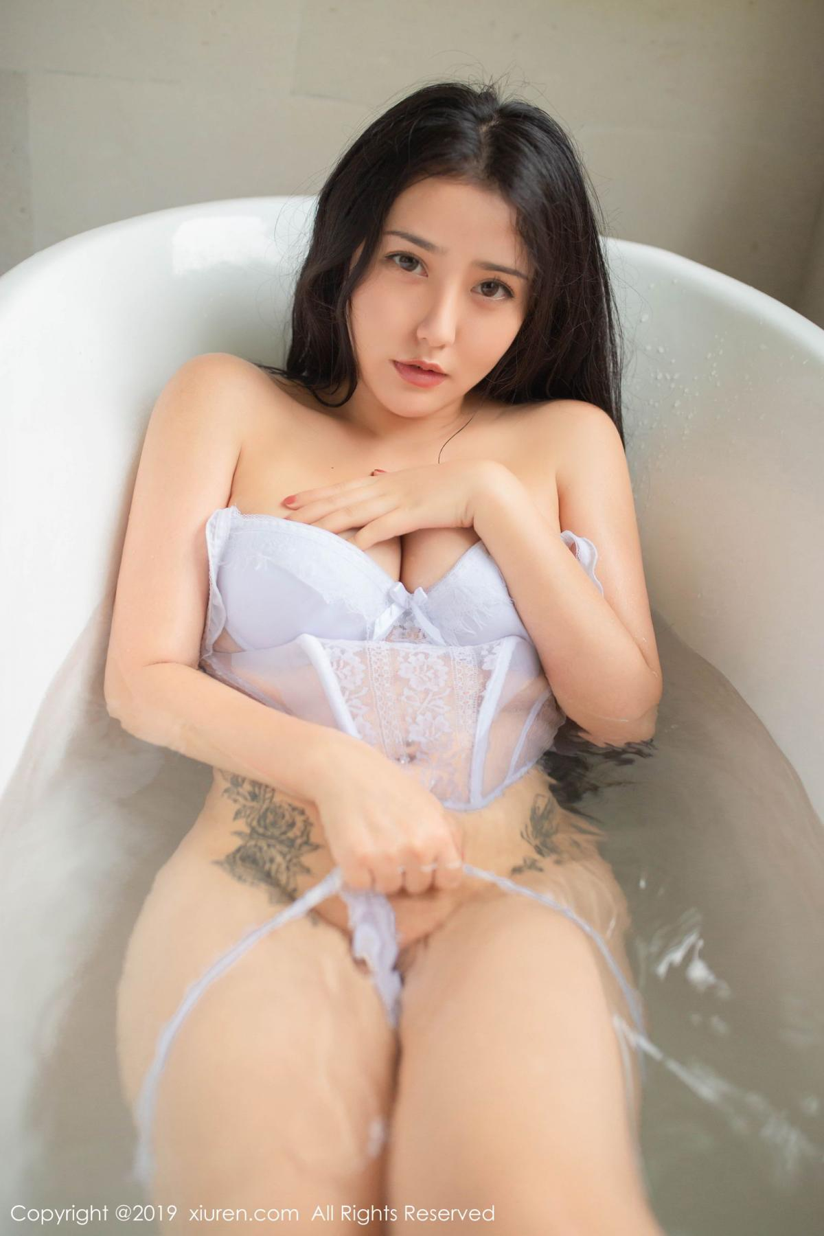 [XiuRen] Vol.1590 Ma Lu Na 18P, Adult, Bathroom, Ma Lu Na, Wet, Xiuren
