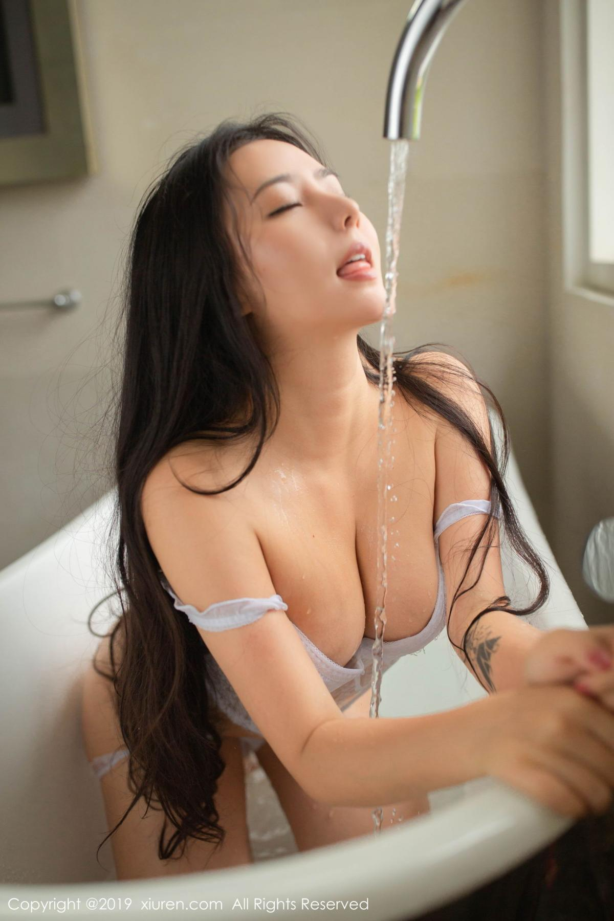 [XiuRen] Vol.1590 Ma Lu Na 4P, Adult, Bathroom, Ma Lu Na, Wet, Xiuren