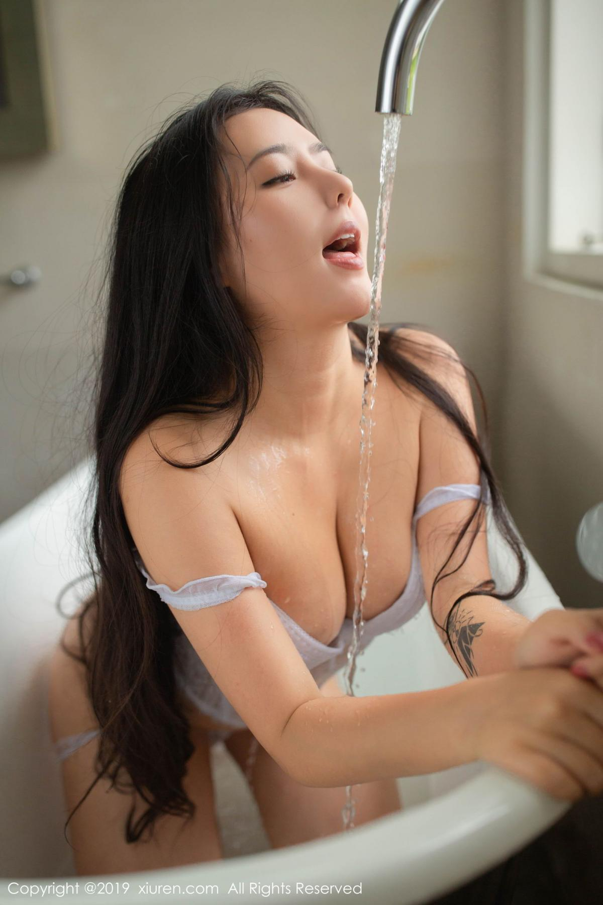 [XiuRen] Vol.1590 Ma Lu Na 5P, Adult, Bathroom, Ma Lu Na, Wet, Xiuren