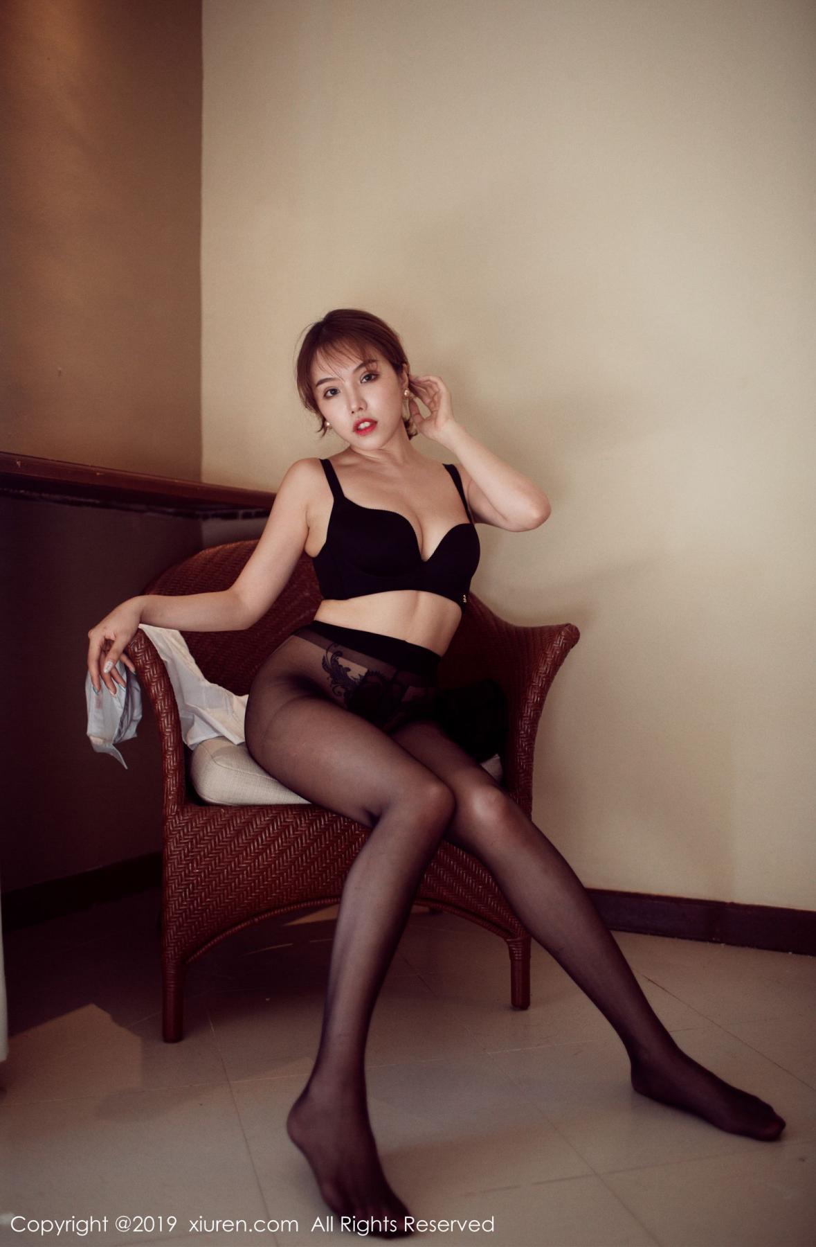[XiuRen] Vol.1606 Huang Le Ran 44P, Black Silk, Huang Le Ran, Tall, Xiuren