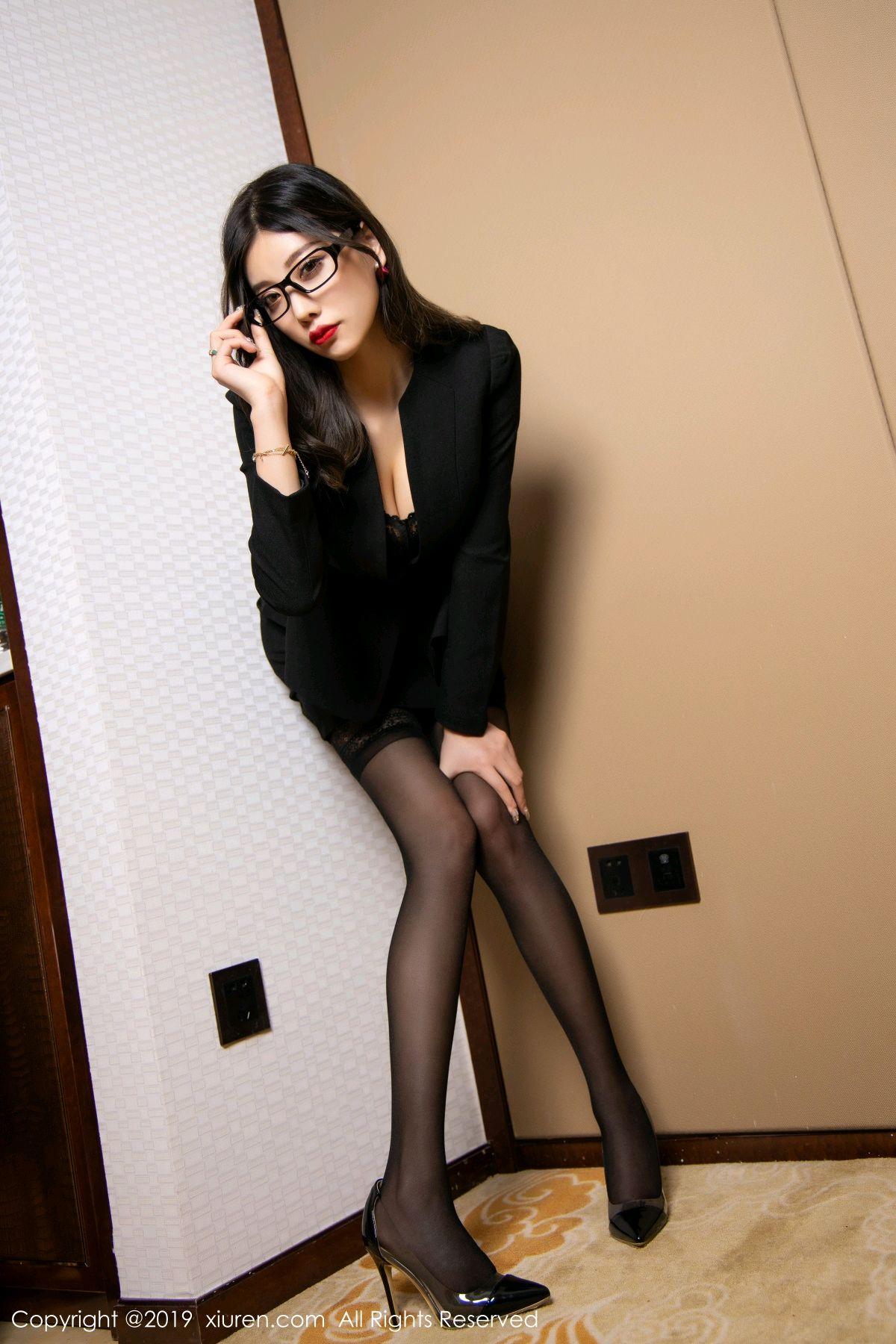 [XiuRen] Vol.1616 Yang Chen Chen 31P, Black Silk, Tall, Uniform, Xiuren, Yang Chen Chen