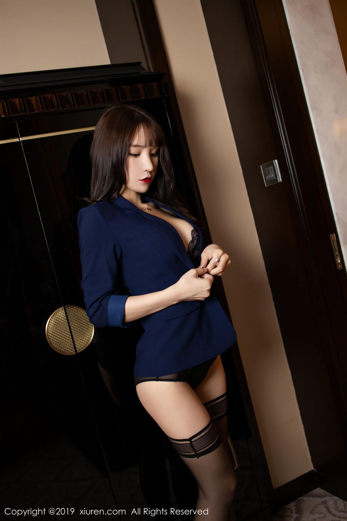 [XiuRen] Vol.1680 Zhou Yu Xi 17P, Black Silk, Underwear, Xiuren, Zhou Yu Xi