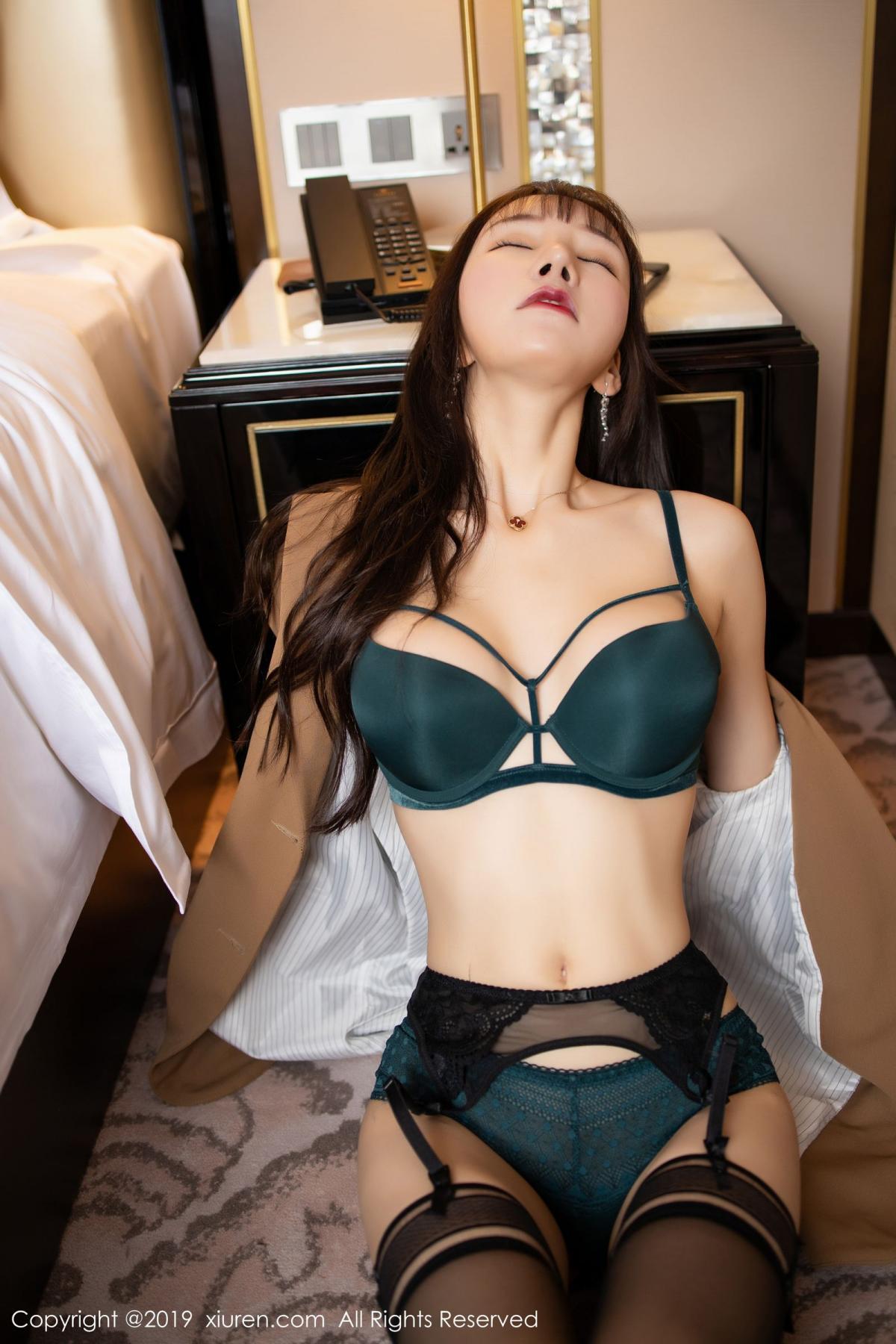 [XiuRen] Vol.1687 Zhou Yu Xi 36P, Black Silk, Underwear, Xiuren, Zhou Yu Xi