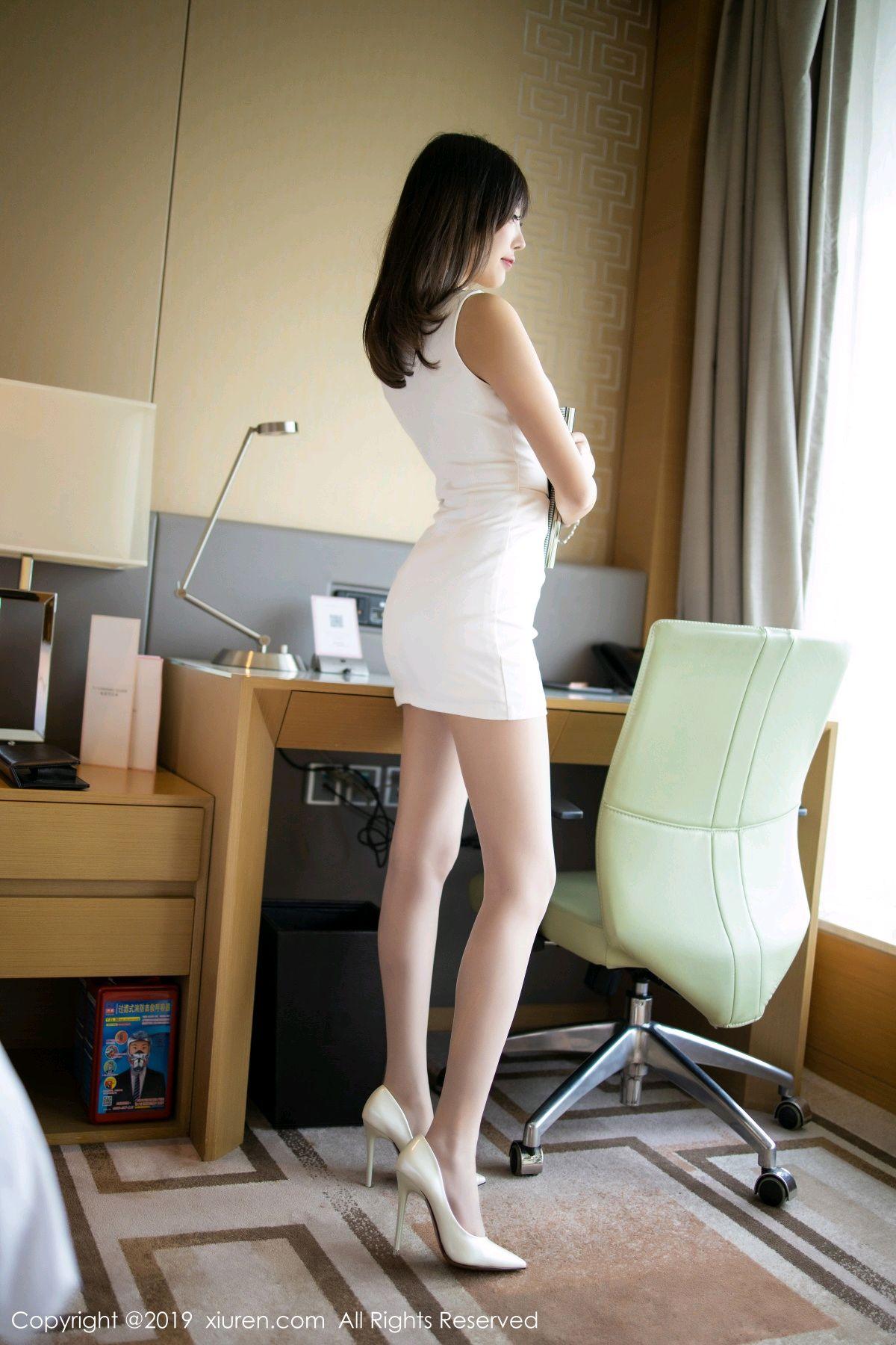 [XiuRen] Vol.1695 Yang Chen Chen 19P, Foot, Tall, Underwear, Xiuren, Yang Chen Chen