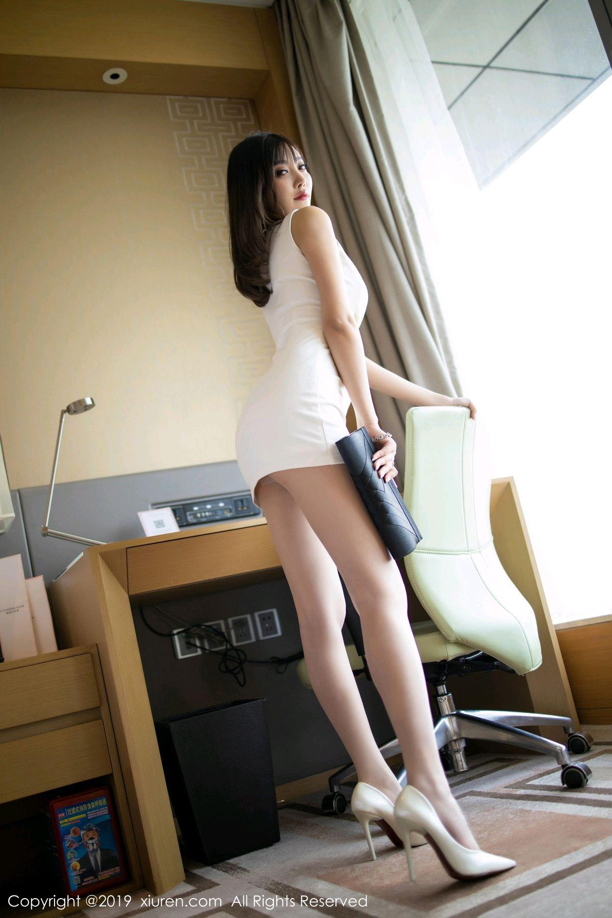 [XiuRen] Vol.1695 Yang Chen Chen 20P, Foot, Tall, Underwear, Xiuren, Yang Chen Chen