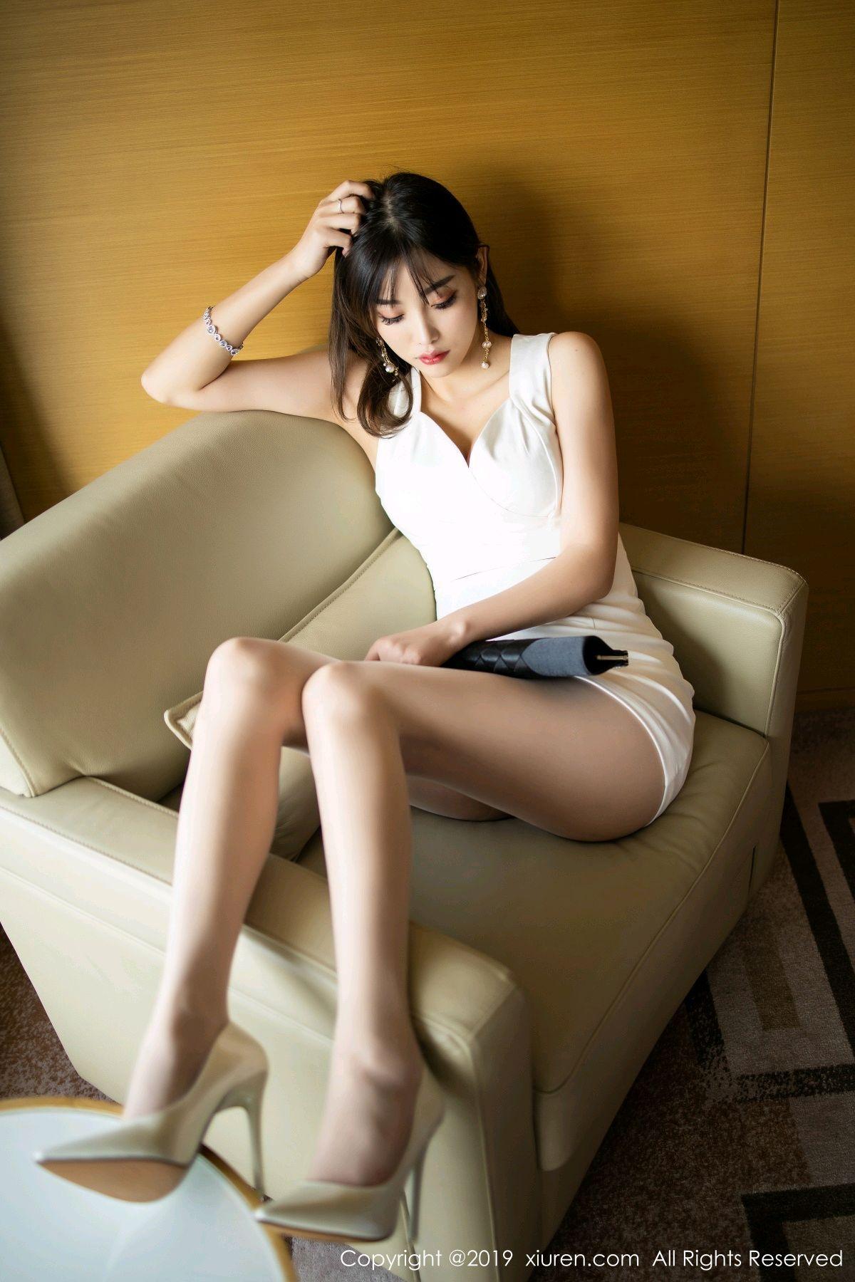 [XiuRen] Vol.1695 Yang Chen Chen 26P, Foot, Tall, Underwear, Xiuren, Yang Chen Chen