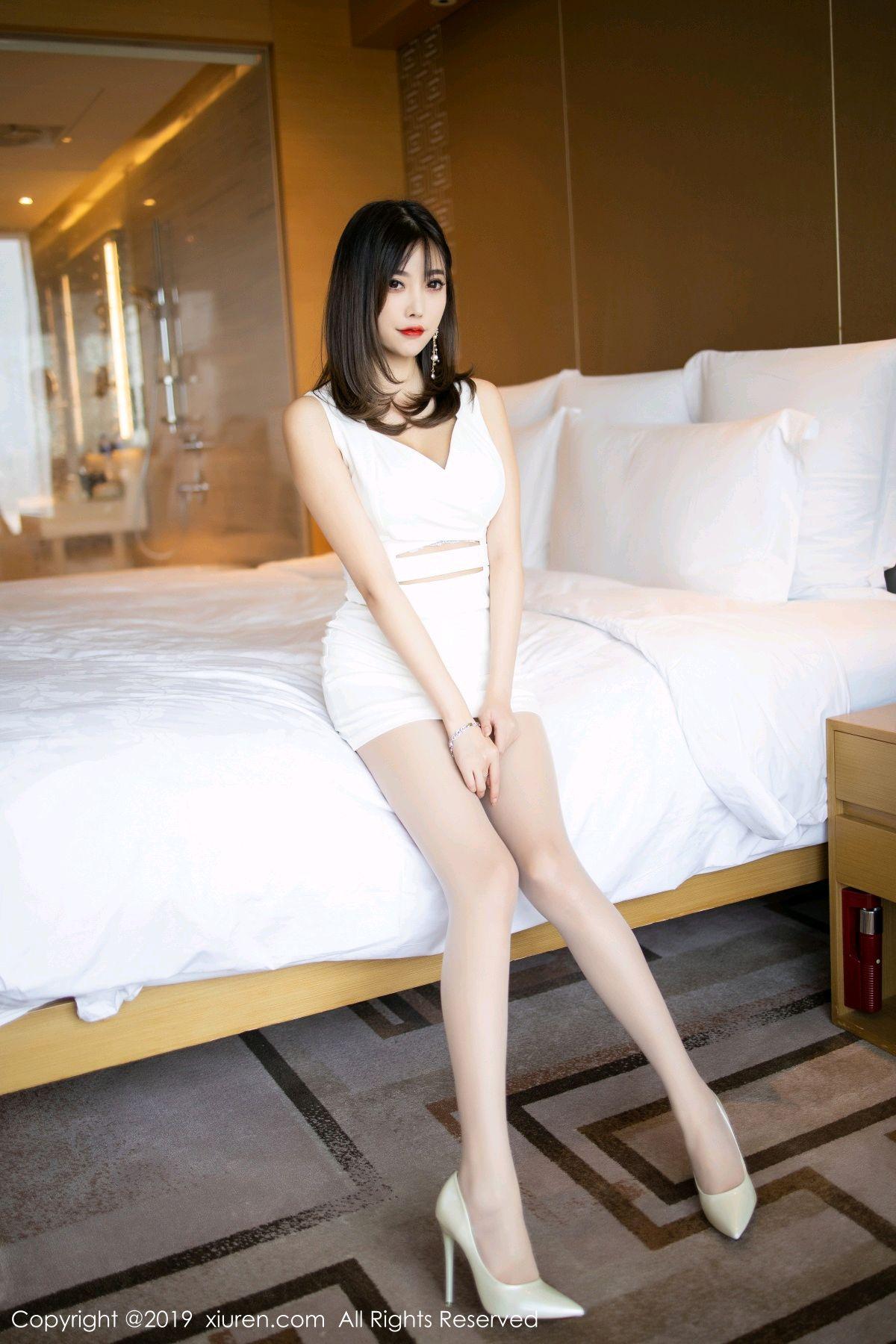 [XiuRen] Vol.1695 Yang Chen Chen 30P, Foot, Tall, Underwear, Xiuren, Yang Chen Chen