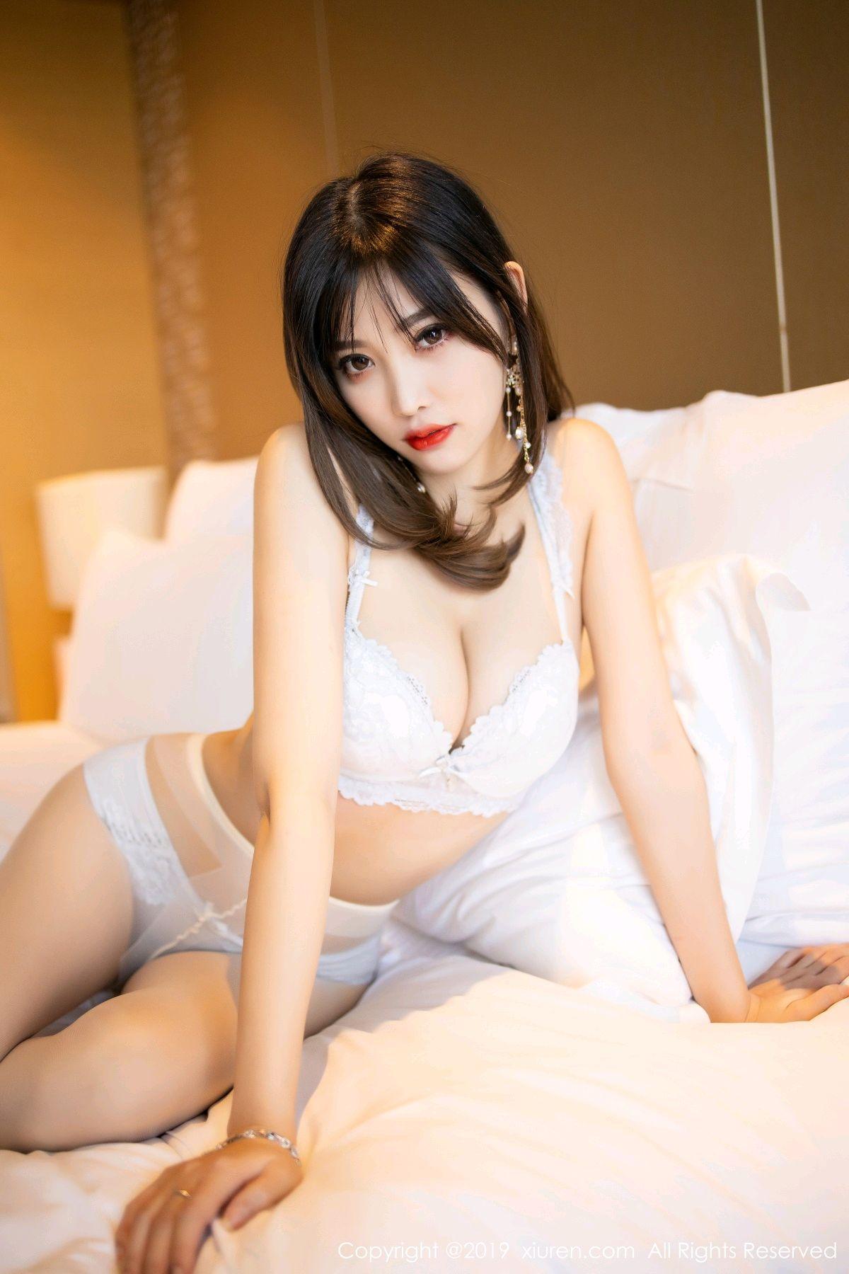 [XiuRen] Vol.1695 Yang Chen Chen 71P, Foot, Tall, Underwear, Xiuren, Yang Chen Chen