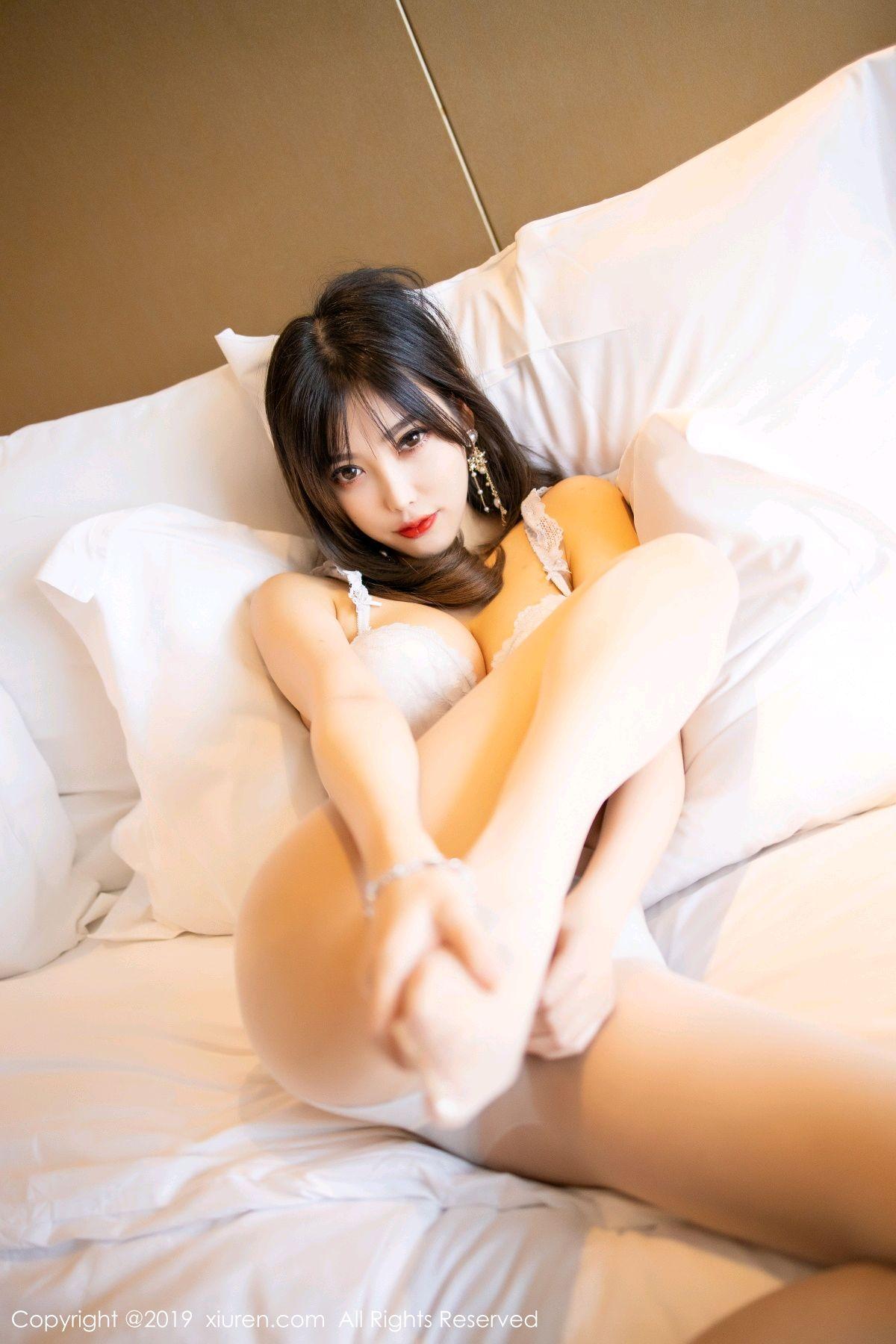 [XiuRen] Vol.1695 Yang Chen Chen 72P, Foot, Tall, Underwear, Xiuren, Yang Chen Chen