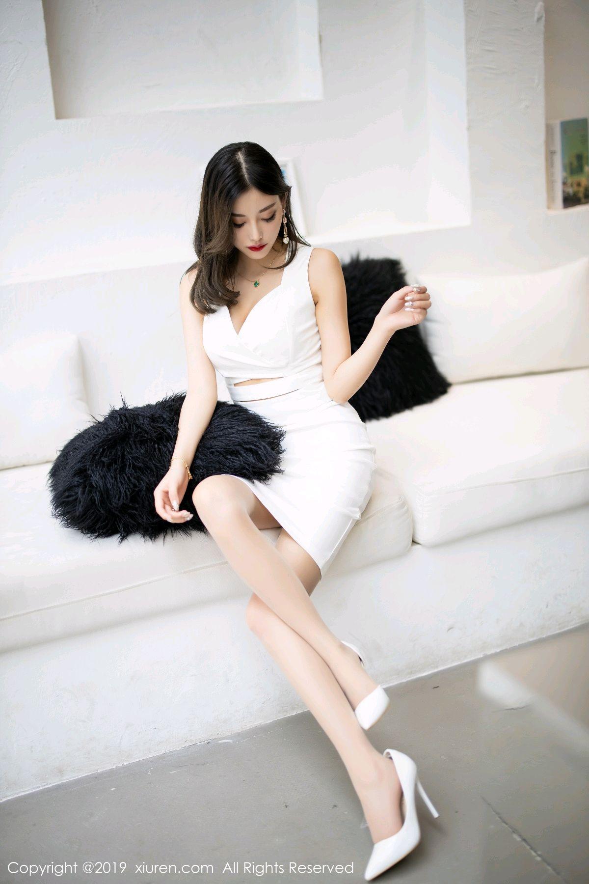 [XiuRen] Vol.1695 Yang Chen Chen 7P, Foot, Tall, Underwear, Xiuren, Yang Chen Chen