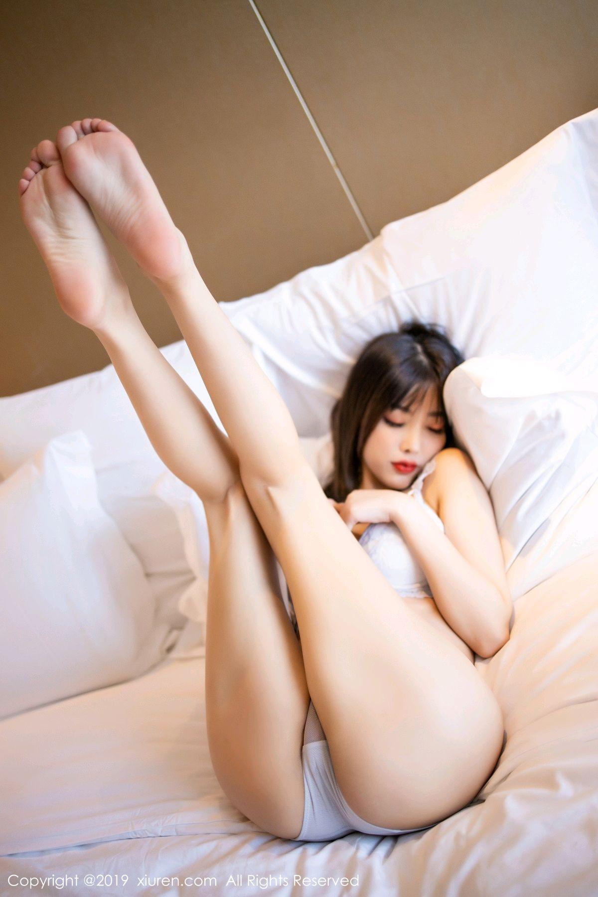 [XiuRen] Vol.1695 Yang Chen Chen 80P, Foot, Tall, Underwear, Xiuren, Yang Chen Chen