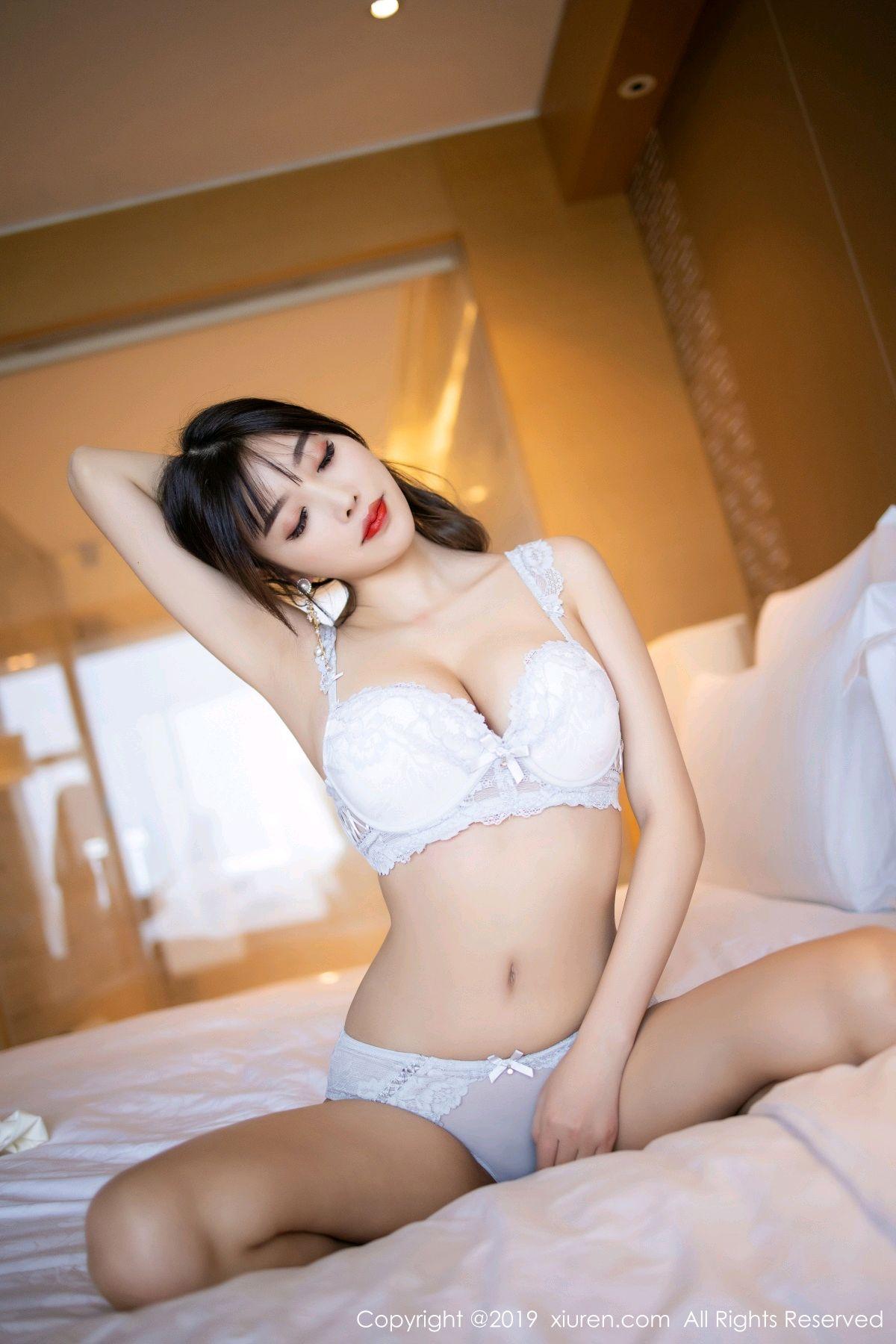 [XiuRen] Vol.1695 Yang Chen Chen 83P, Foot, Tall, Underwear, Xiuren, Yang Chen Chen
