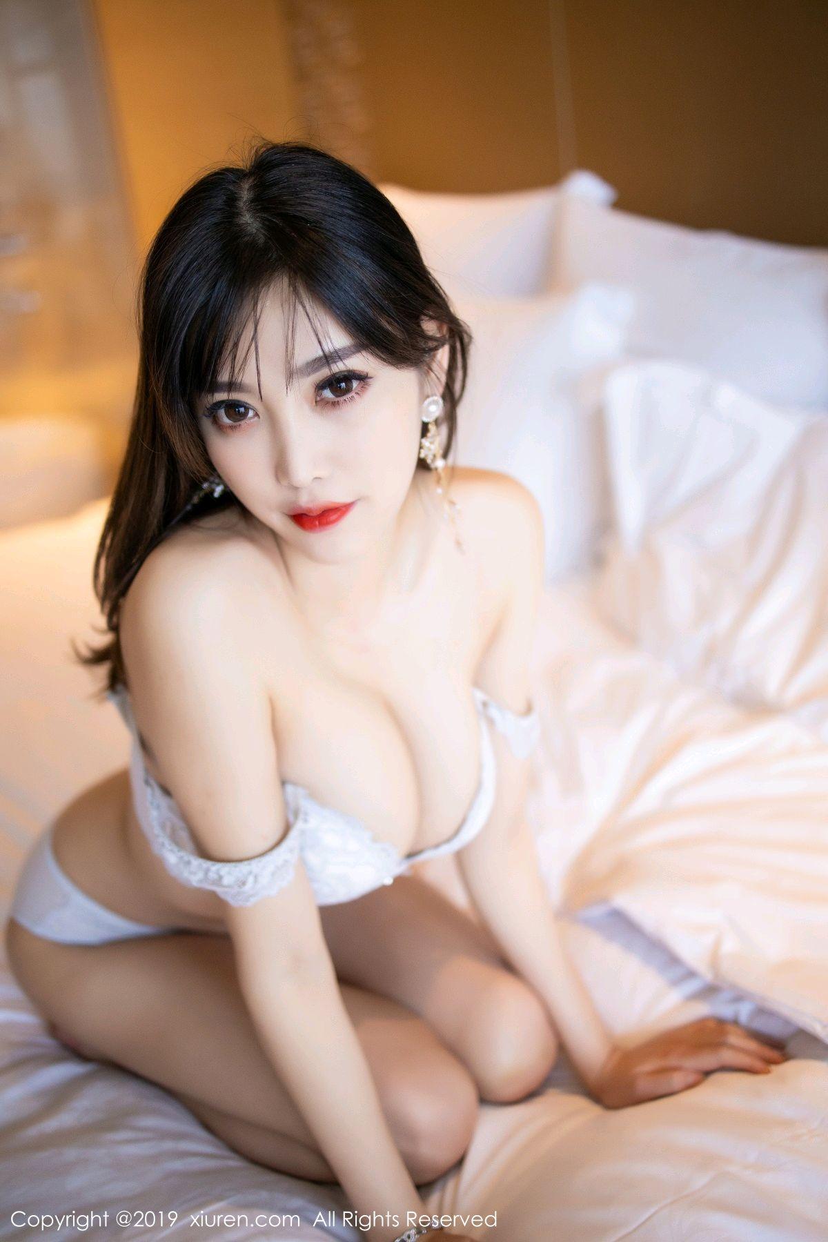 [XiuRen] Vol.1695 Yang Chen Chen 90P, Foot, Tall, Underwear, Xiuren, Yang Chen Chen