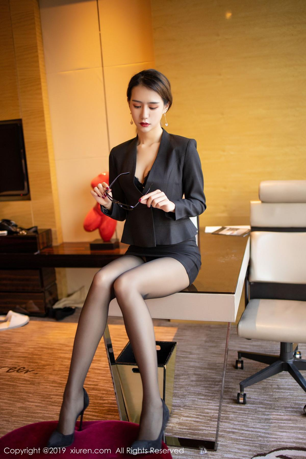[XiuRen] Vol.1706 Bai Zi Yan 10P, Bai Zi Yan, Black Silk, Tall, Xiuren