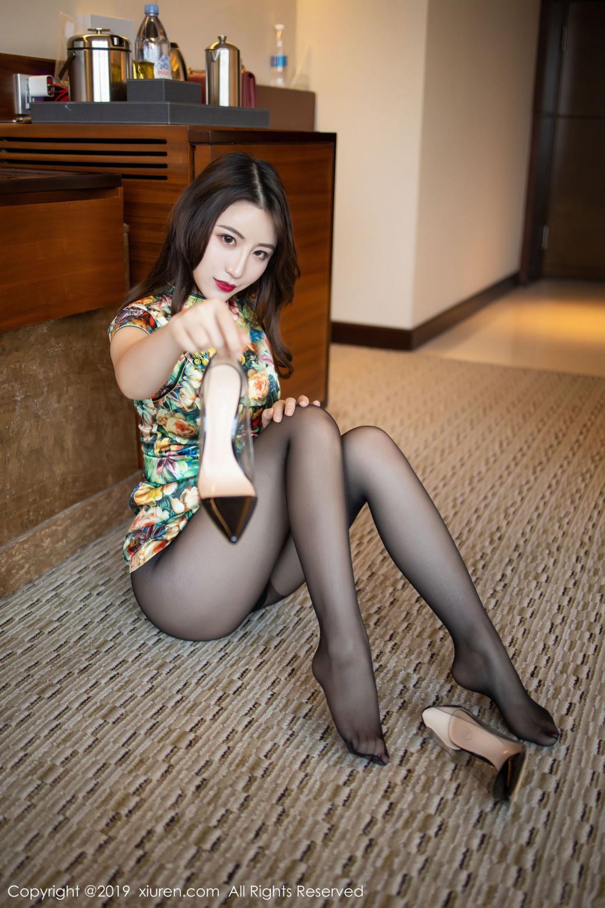 [XiuRen] Vol.1727 Xie Zhi Xin 42P, Big Booty, Black Silk, Cheongsam, Xie Zhi Xin, Xiuren