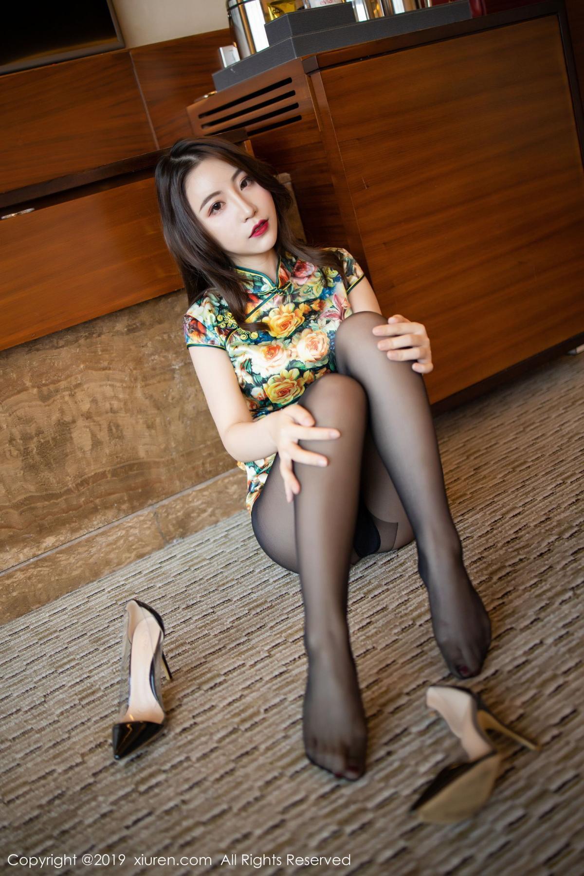 [XiuRen] Vol.1727 Xie Zhi Xin 44P, Big Booty, Black Silk, Cheongsam, Xie Zhi Xin, Xiuren