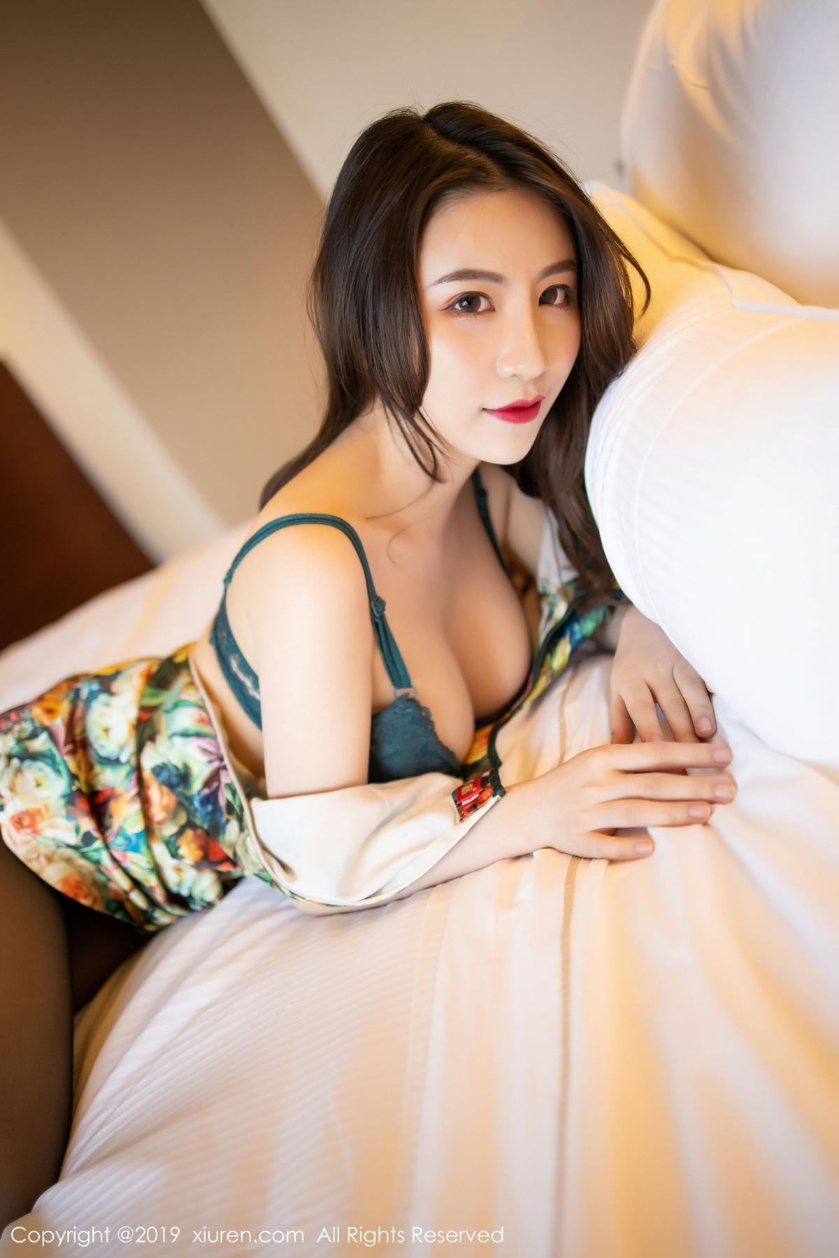 [XiuRen] Vol.1727 Xie Zhi Xin 66P, Big Booty, Black Silk, Cheongsam, Xie Zhi Xin, Xiuren