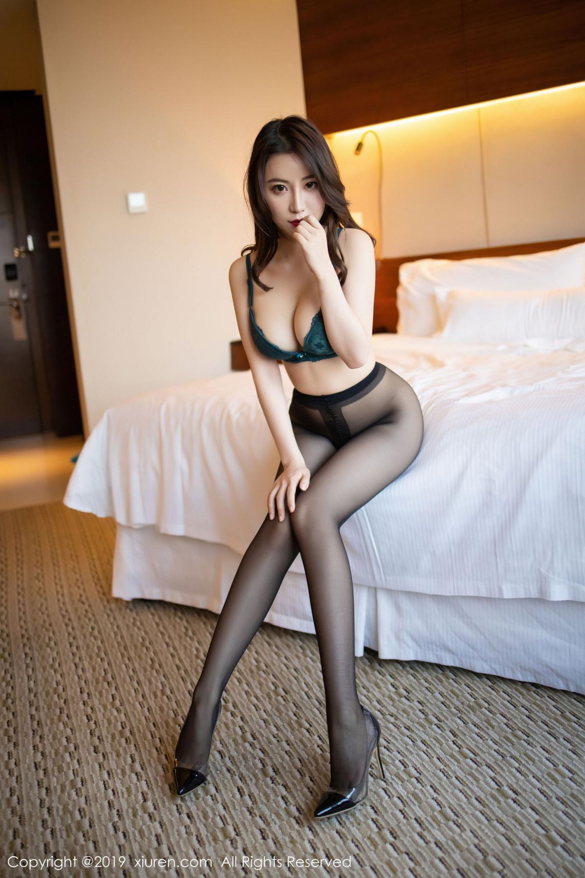 [XiuRen] Vol.1727 Xie Zhi Xin 76P, Big Booty, Black Silk, Cheongsam, Xie Zhi Xin, Xiuren