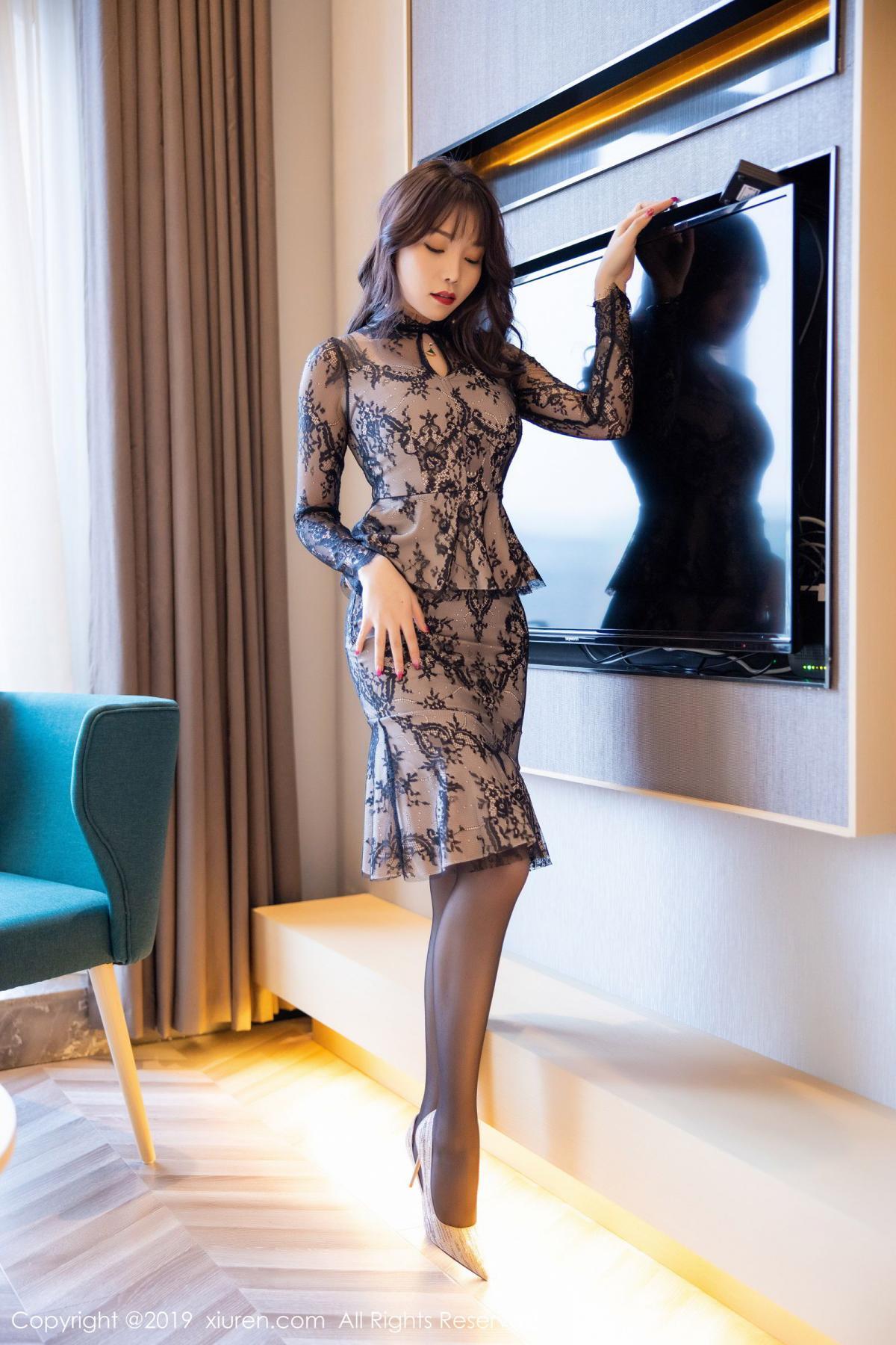 [XiuRen] Vol.1764 Chen Zhi 2P, Big Booty, Black Silk, Chen Zhi, Xiuren