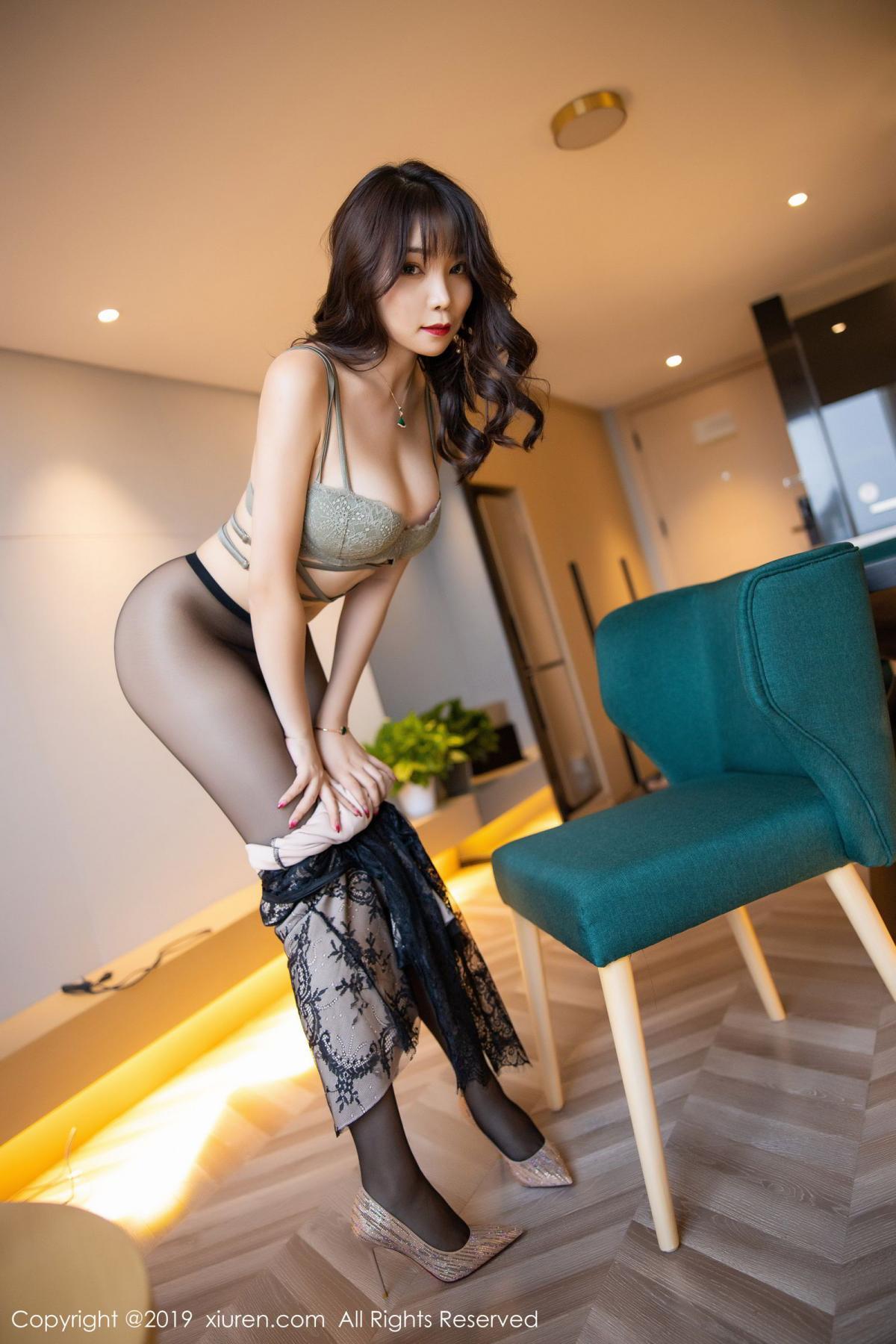 [XiuRen] Vol.1764 Chen Zhi 33P, Big Booty, Black Silk, Chen Zhi, Xiuren