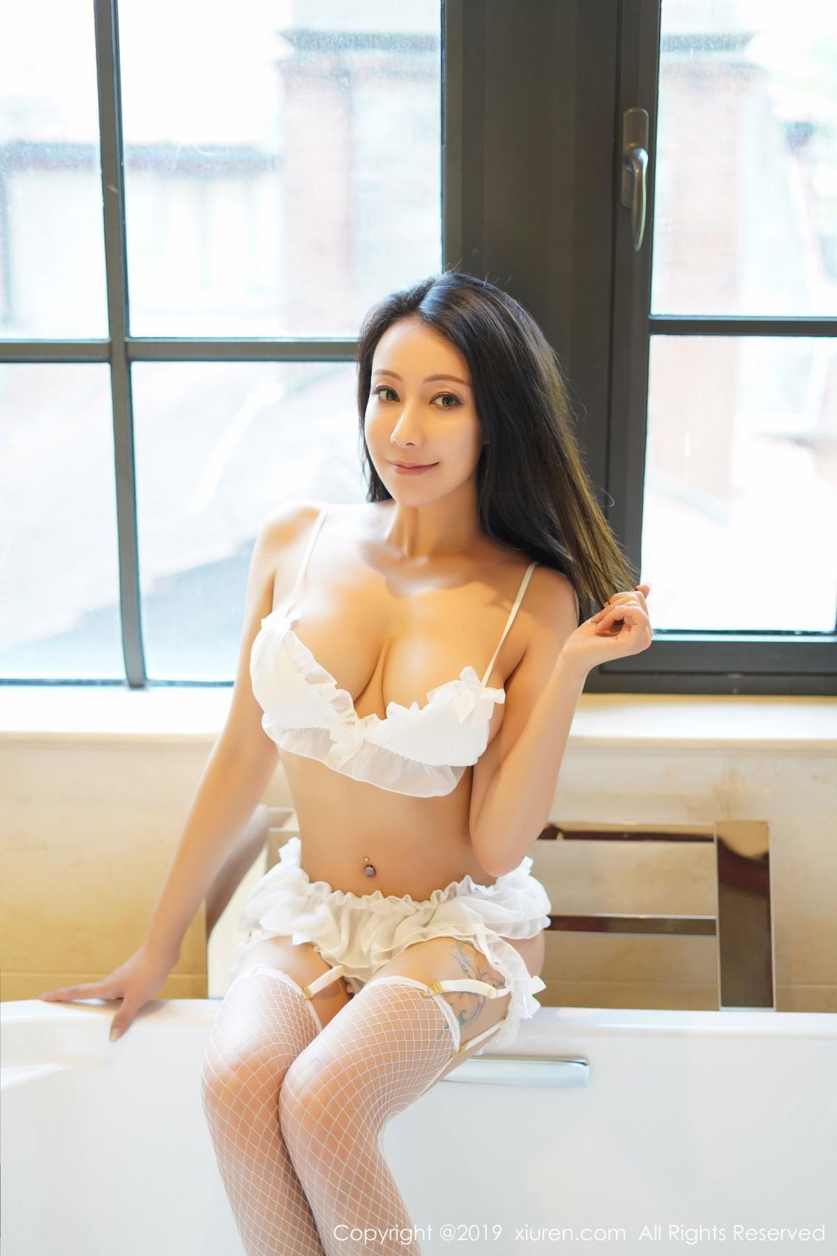 [XiuRen] Vol.1786 Song Guo Er 2P, Bathroom, Mature, Song Guo Er, Underwear, Xiuren