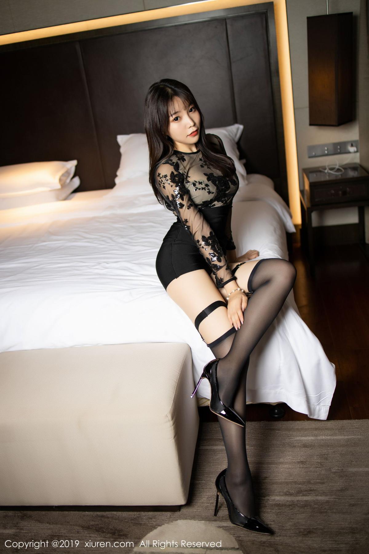 [XiuRen] Vol.1795 Chen Zhi 18P, Big Booty, Black Silk, Chen Zhi, Underwear, Xiuren