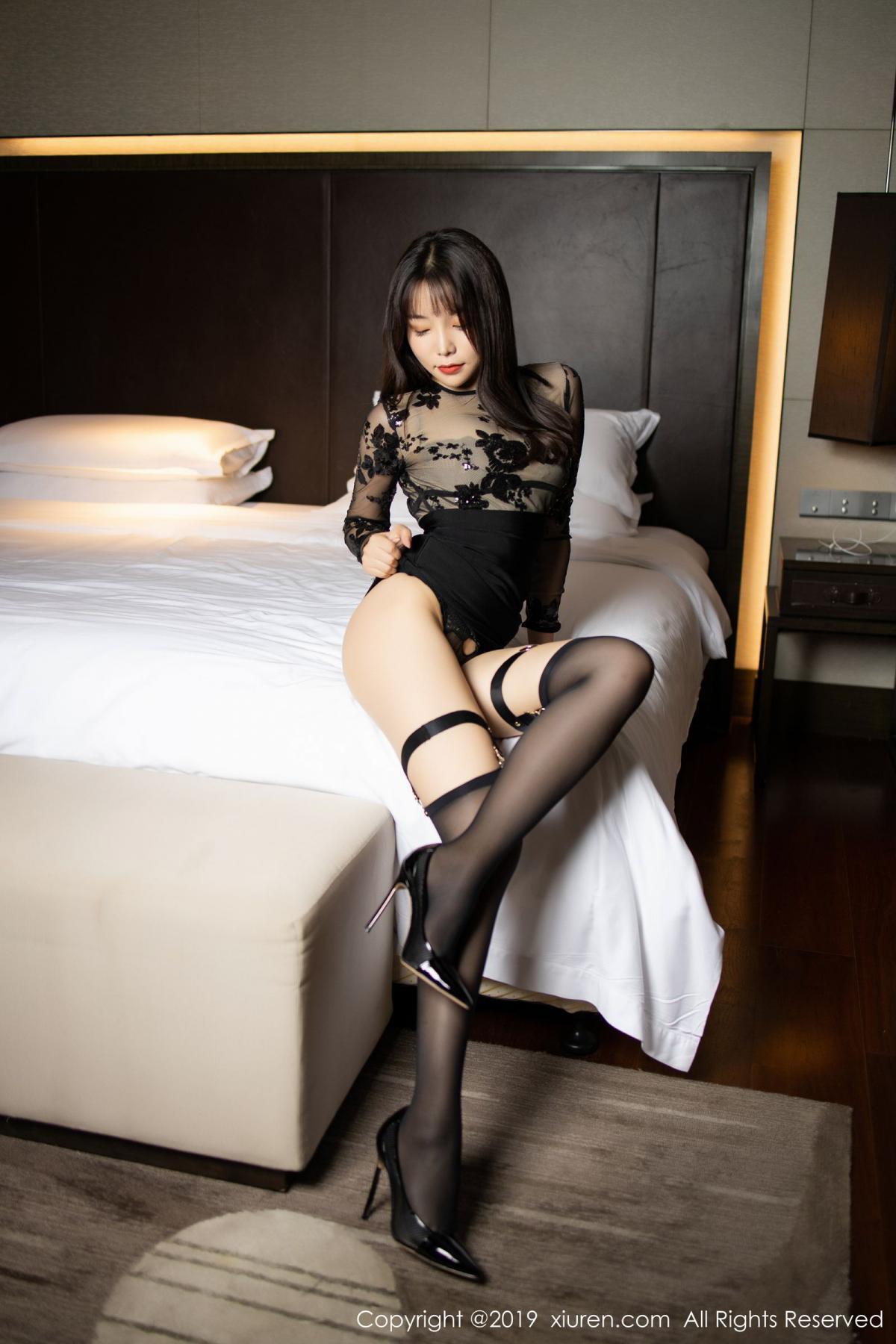 [XiuRen] Vol.1795 Chen Zhi 19P, Big Booty, Black Silk, Chen Zhi, Underwear, Xiuren