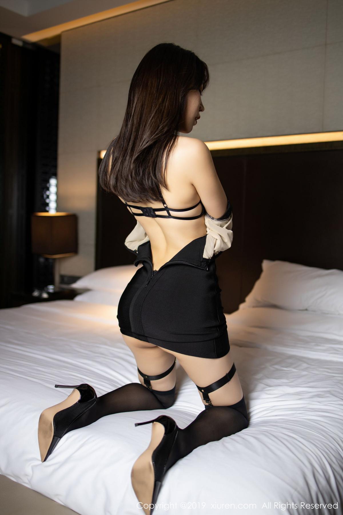 [XiuRen] Vol.1795 Chen Zhi 28P, Big Booty, Black Silk, Chen Zhi, Underwear, Xiuren