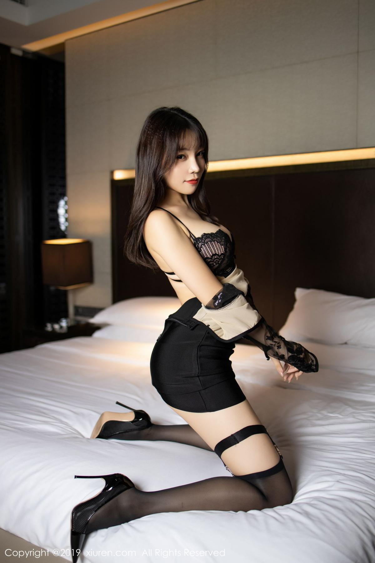[XiuRen] Vol.1795 Chen Zhi 30P, Big Booty, Black Silk, Chen Zhi, Underwear, Xiuren