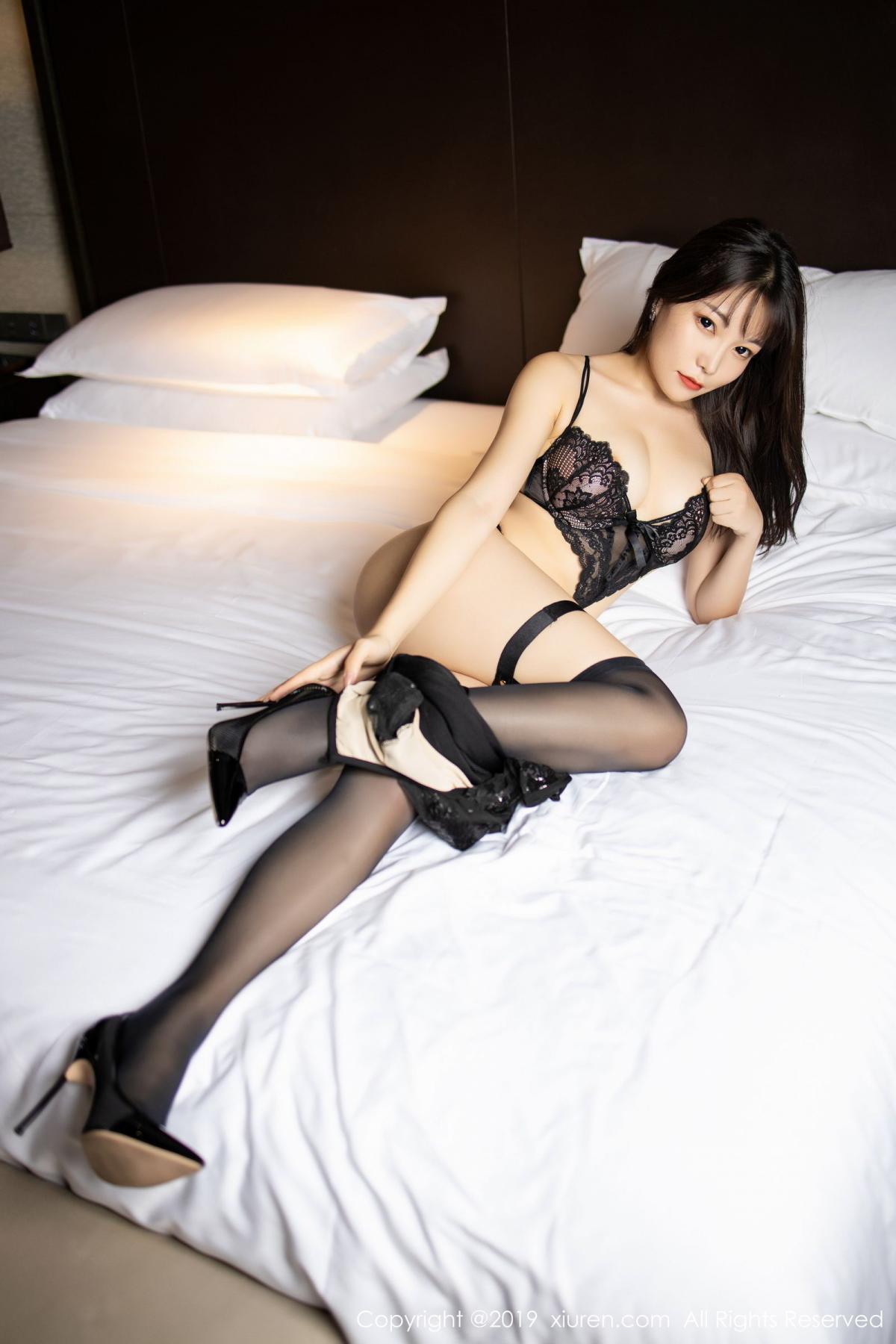 [XiuRen] Vol.1795 Chen Zhi 36P, Big Booty, Black Silk, Chen Zhi, Underwear, Xiuren