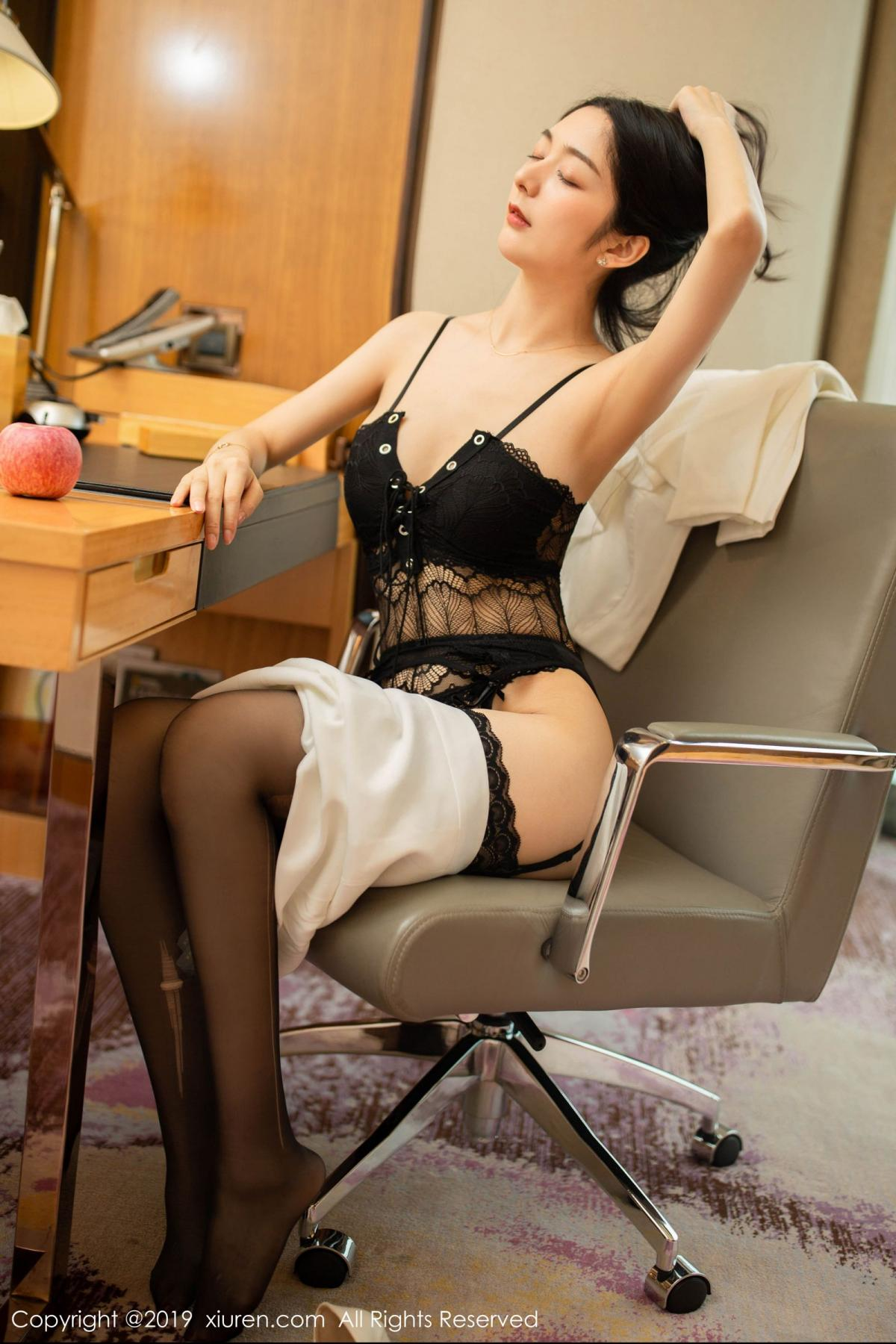 [XiuRen] Vol.1821 Come to my room and sit after you get off work 46P, Black Silk, Di Yi, Xiuren