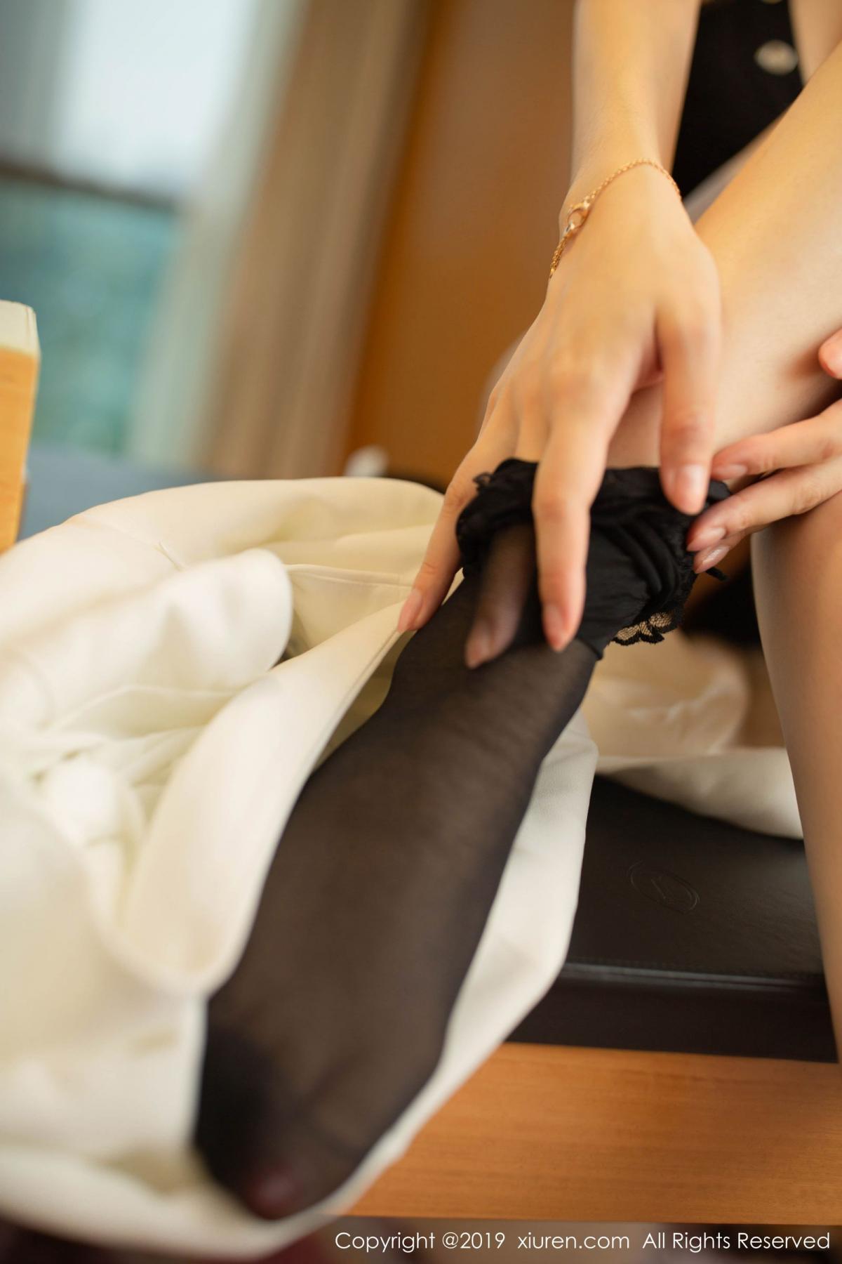 [XiuRen] Vol.1821 Come to my room and sit after you get off work 56P, Black Silk, Di Yi, Xiuren