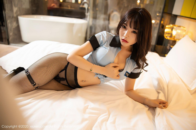 [XiuRen] Vol.1982 Zhi Zhi Booty 49P, Black Silk, Chen Zhi, Policewoman, Uniform, Xiuren