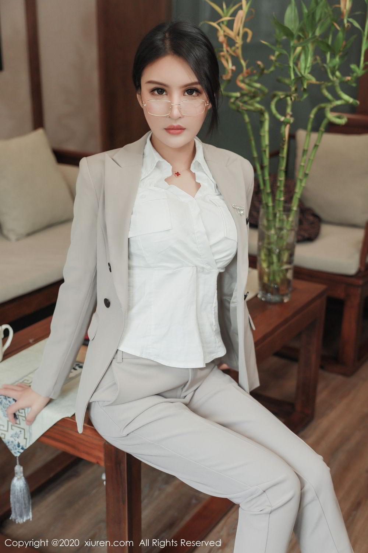 [XiuRen] Vol.2098 Solo Yi Fei 10P, Solo Yi Fei, Uniform, Xiuren