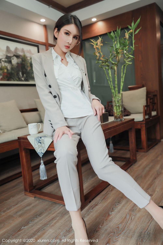[XiuRen] Vol.2098 Solo Yi Fei 12P, Solo Yi Fei, Uniform, Xiuren