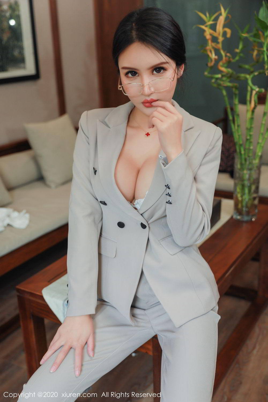 [XiuRen] Vol.2098 Solo Yi Fei 15P, Solo Yi Fei, Uniform, Xiuren