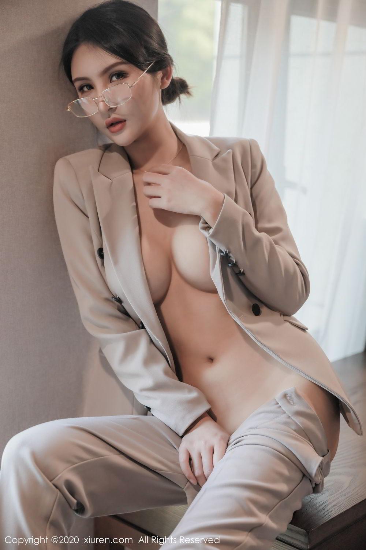 [XiuRen] Vol.2098 Solo Yi Fei 3P, Solo Yi Fei, Uniform, Xiuren