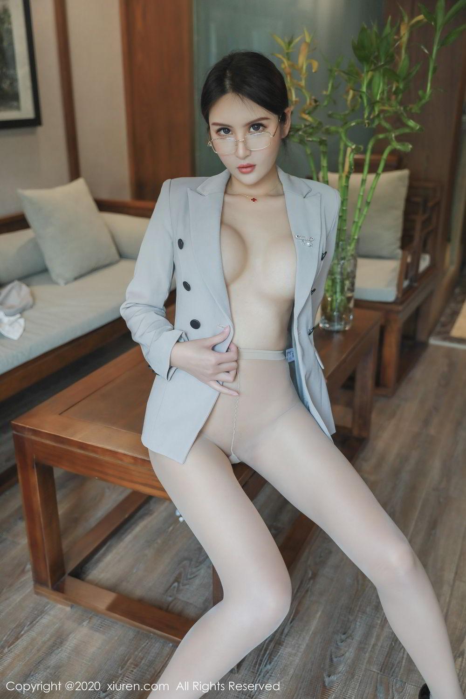 [XiuRen] Vol.2098 Solo Yi Fei 45P, Solo Yi Fei, Uniform, Xiuren