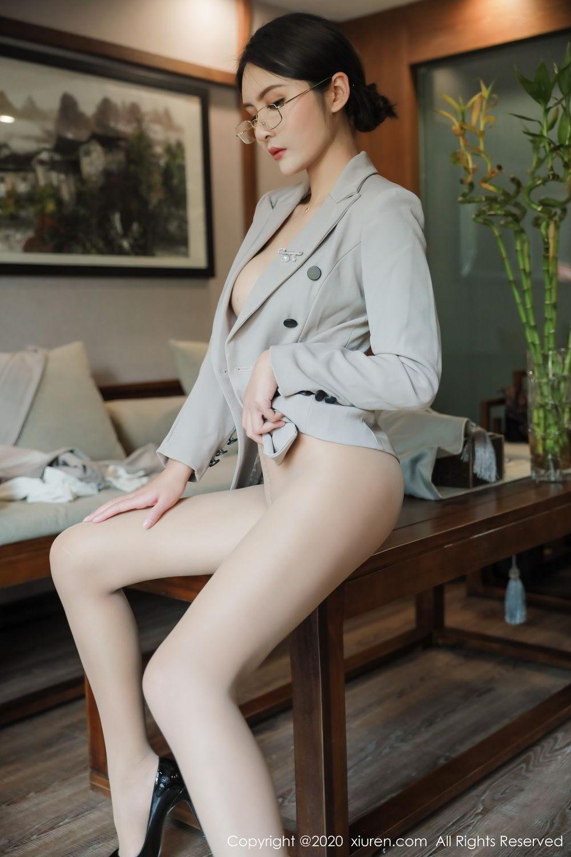 [XiuRen] Vol.2098 Solo Yi Fei 50P, Solo Yi Fei, Uniform, Xiuren