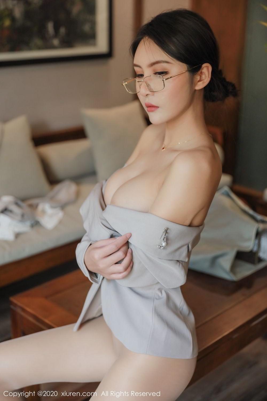 [XiuRen] Vol.2098 Solo Yi Fei 53P, Solo Yi Fei, Uniform, Xiuren