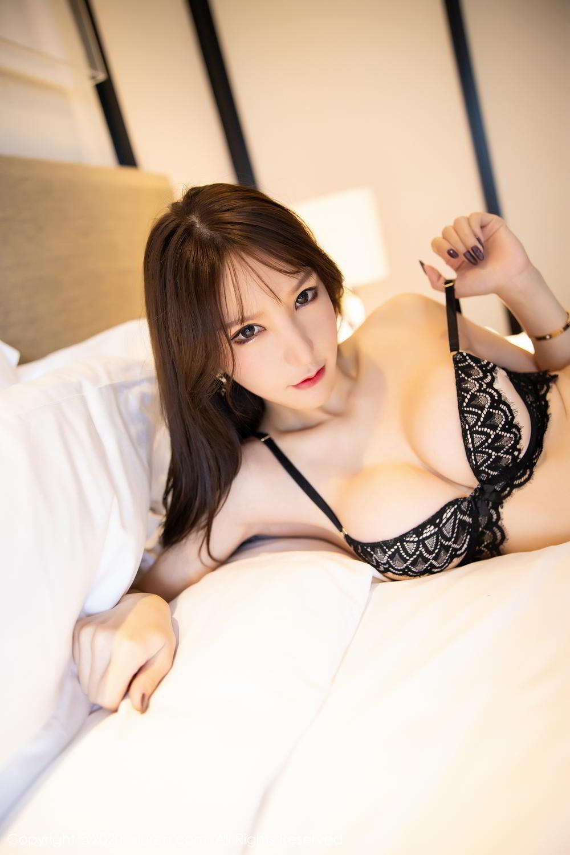 [XiuRen] Vol.2118 Zhou Yu Xi 69P, Black Silk, Tall, Underwear, Xiuren, Zhou Yu Xi