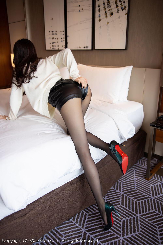 [XiuRen] Vol.2133 Zhi Zhi Booty 24P, Black Silk, Chen Zhi, Underwear, Xiuren