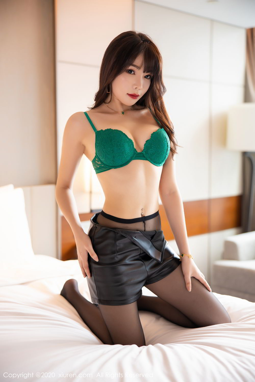 [XiuRen] Vol.2133 Zhi Zhi Booty 27P, Black Silk, Chen Zhi, Underwear, Xiuren