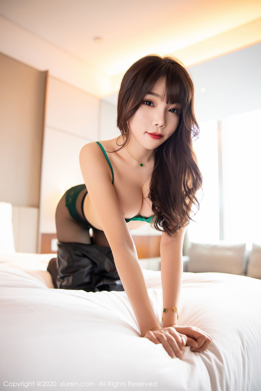 [XiuRen] Vol.2133 Zhi Zhi Booty 29P, Black Silk, Chen Zhi, Underwear, Xiuren