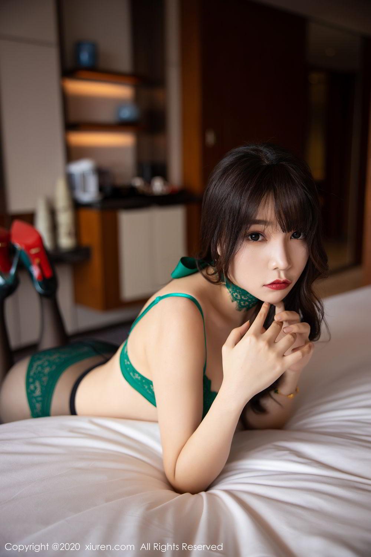 [XiuRen] Vol.2133 Zhi Zhi Booty 42P, Black Silk, Chen Zhi, Underwear, Xiuren
