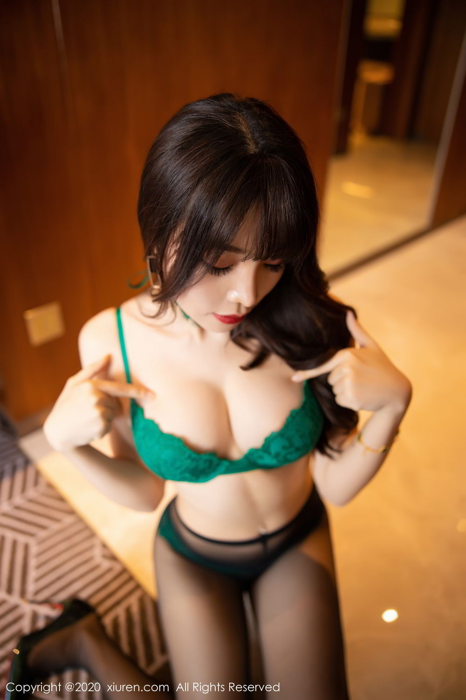 [XiuRen] Vol.2133 Zhi Zhi Booty 57P, Black Silk, Chen Zhi, Underwear, Xiuren