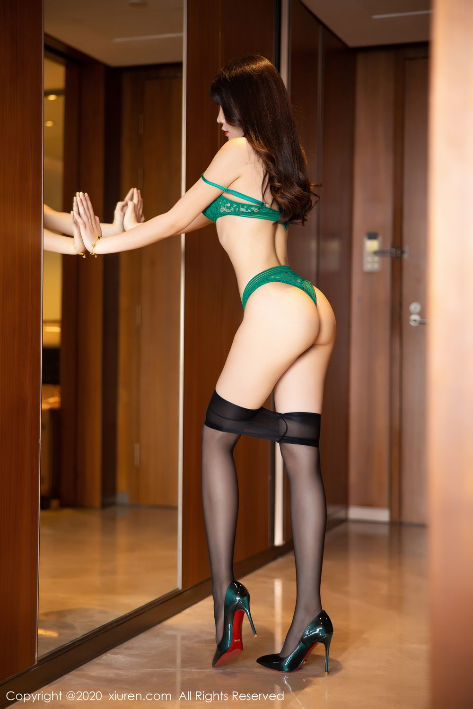 [XiuRen] Vol.2133 Zhi Zhi Booty 71P, Black Silk, Chen Zhi, Underwear, Xiuren