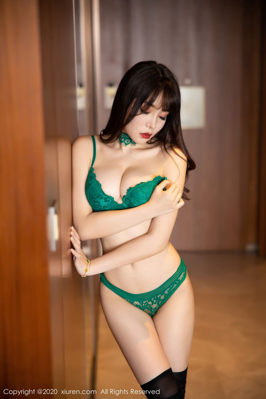 [XiuRen] Vol.2133 Zhi Zhi Booty 73P, Black Silk, Chen Zhi, Underwear, Xiuren