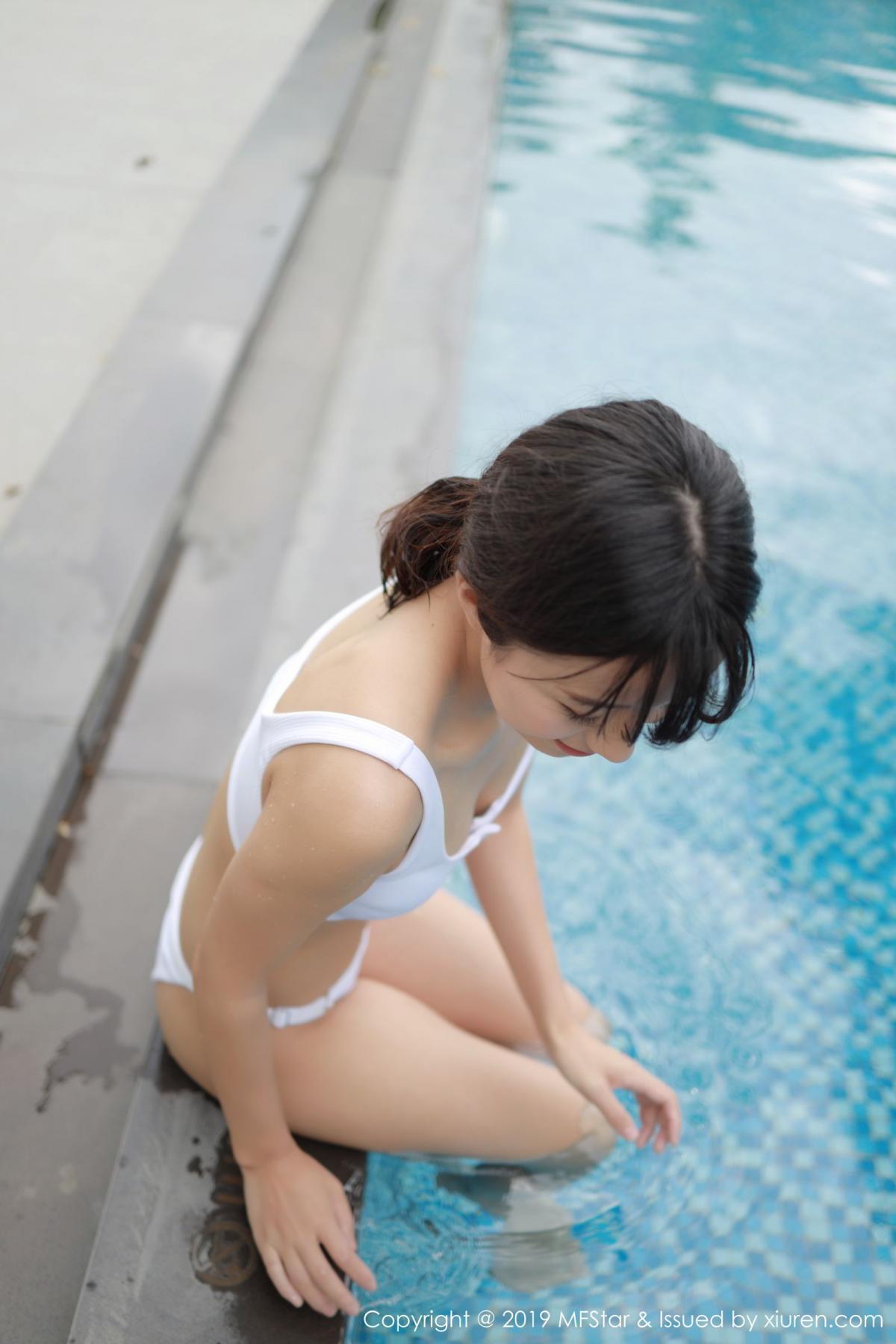 [XiuRen] Vol.214 Cang Jing You Xiang 21P, Bikini, Cang Jing You Xiang, Swim Pool, Xiuren