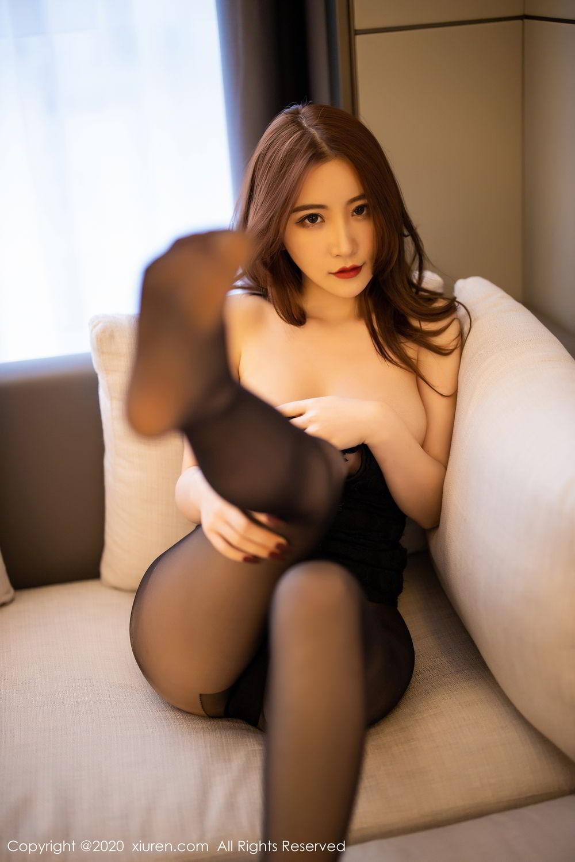 [XiuRen] Vol.2204 Fei Yue Ying 4P, Black Silk, Foot, Xie Zhi Xin, Xiuren